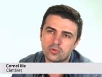 Cornel Ilie (Vunk) scrie piese si pe trecerea de pietoni.