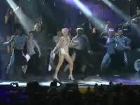 4.000 de oameni au cantat si au dansat alaturi de Loredana, la concertul sustinut la Sala Palatului