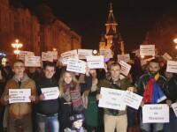 300 de timisoreni au protestat in Piata Operei, in solidaritate cu romanii din diaspora care nu au putut vota duminica