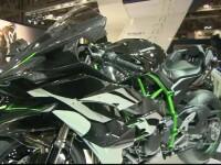 Motocicletele puternice sunt gata sa cucereasca soselele. Japonezii lanseaza vehiculele