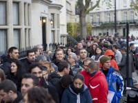 Britanicii sunt ingrijorati dupa ce au vazut imaginile cu miile de romani la cozi, pentru a vota. Ce scriu tabloidele locale
