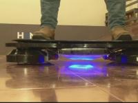 O companie din SUA a creat un skateboard plutitor. Inventia pare luata direct din filmele SF