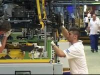 Un sfert dintre angajatii Ford de la Craiova vor fi dati afara. Ce vor primi drept