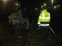 Un barbat a fost lovit de tren, in timp ce incerca sa coboare dintr-o garnitura de marfa, in gara Paulis. Omul a murit pe loc