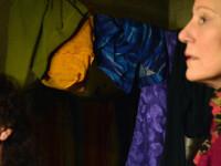 Mama unei vedete de la Hollywood a schimbat legea in Romania. Tichetele care ii tin pe copii la scoala