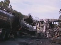 Carnagiu pe o sosea din Brazilia. 20 de oameni au murit si 10 sunt raniti dupa ce un autobuz s-a ciocnit cu o autocisterna
