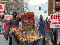 Presedintele Africii de Sud, implicat intr-un scandal de coruptie. Politia a tras cu gloante de cauciuc in manifestanti