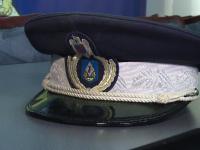Jandarmi reţinuţi după ce au bătut şi jefuit două femei, cărora le-au spus că sunt polițiști