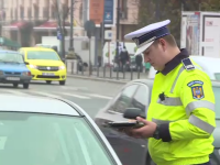 Un bărbat din Gorj este cercetat pentru că și-a lăsat fiul de 11 ani să-i conducă mașina