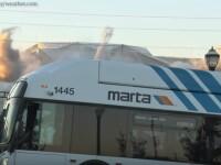 """Un autobuz a parcat fix în fața unui cameraman care filma demolarea unui stadion în SUA:""""Pleacă de aici!"""""""