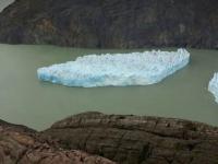 O bucată masivă din gheţarul Grey s-a desprins. Avertismentul lansat de experţi
