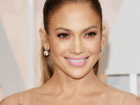 Fotografia cu care Jennifer Lopez și-a uimit fanii, de Crăciun