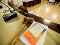 CCR a admis că există un conflict constituţional între Parlament și Înalta Curte