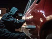 Reacţia unui român din Italia, când a prins un bărbat care-i spărgea maşina