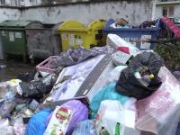 O femeie a născut, apoi și-a aruncat bebelușul la gunoi. Cum a fost descoperit