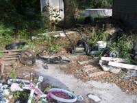 Casa ororilor: apelul disperat al unei minore care a fost găsită printre gunoaie
