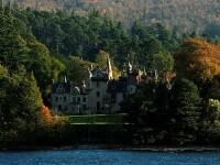Țara din Europa în care poți să revendici un castel, dacă ai numele potrivit de familie