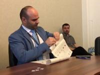 """Președintele AEP, despre formularul de vot: """"Dacă l-ați dezlipit fără urme, îl mănânc"""""""