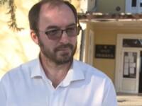 Un preot din Moldova a ajuns și primar. Oamenii speră că nu le va mai lua bani pe înmormântări
