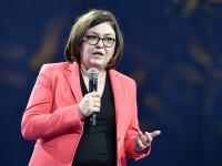 Comisarul european Adina Vălean: Companiile aeriene sunt obligate să dea banii înapoi pasagerilor