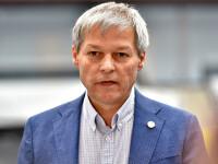 Cioloş promite că va demisiona în 2023 dacă va fi ales acum preşedinte al USR-PLUS