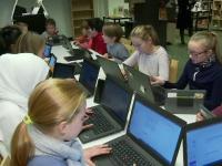 """Școala în care copiii sunt învățați să se ferească de fenomenul """"fake news"""""""