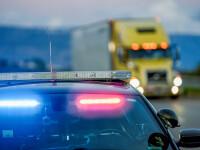 Șofer român, arestat pentru că transporta un container frigorific plin cu migranți