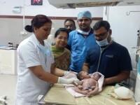 A născut un bebeluș cu o malformație gravă. Medicii n-au mai întâlnit un caz asemănător