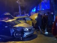 Bolid de lux făcut praf de un BMW, într-o intersecție din București