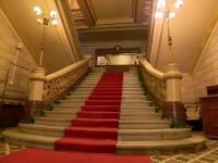Palatul Bragadiru se vinde cu 25 de milioane €. Cum arată spectaculoasa clădire în interior