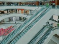 Mall-urile sunt aproape goale înainte de sărbători. Ce măsuri au luat managerii centrelor comerciale