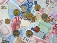 Leul continua sa se deprecieze. Cursul urca la 4,28 lei/euro