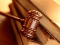 L-a dat in judecata pentru ca a refuzat sa divorteze de nevasta. Ce ii cere prin instanta amanta unui barbat de 88 de ani