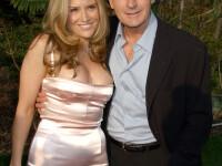 Charlie Sheen, 30 de zile la reabilitare! Isi amenintase sotia cu un cutit