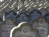 Acte de vandalism in Capitala. Cimitirul Evreiesc a fost devastat