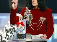 Inca un fiu al lui Michael Jackson?! Creste cu cei trei copii legitimi