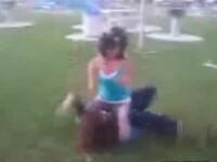 O MAMA de bataie, la propriu! VEZI VIDEO!