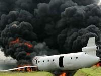 Cel putin patru morti, dupa prabusirea unui avion in apropiere de Manilla