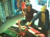 Patru femei prinse la furat haine de firma din mall. Metode inedite
