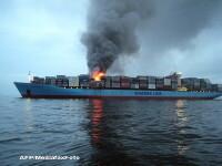 O nava aflata in reparatii in portul Midia-Navodari a luat foc. Cauzele incendiului, necunoscute