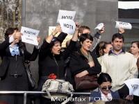 Continua protestele la Finante: 150 de bugetari au iesit in strada, in Olt