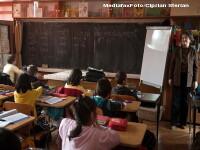80 de profesori din Galati, in greva pentru salariile castigate in instanta