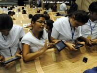 Elevii unei scoli din California nu mai invata dupa manual, ci dupa tableta