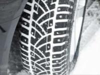 Cum recunosti anvelopele de iarna. Politia incepe sa dea amenzi pentru masinile nedotate
