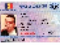 Falsificatorii de documente au folosit poza lui Gigi Becali pentru buletine si permise