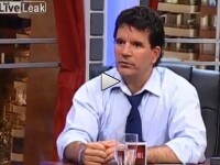 VIDEO. Cum reactioneaza prezentatorul unei emisiuni, cand este martorul unui cutremur, in direct