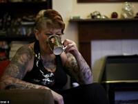 Cum arata femeia care a platit o avere sa-si tatueze tot corpul cu imagini din seria Twilight