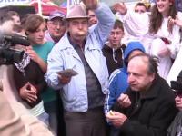 IMAGINI SOCANTE. Ultimele clipe din viata barbatului decedat in timpul concursului de mancat carnati