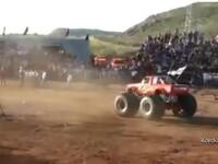 Sase persoane au murit, dupa ce un monster truck a pierdut controlul in timpul unui show din Mexic