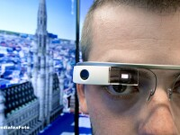 iLikeIT. Romanii pot testa Google Glass la expozitia Internet & Mobile World 2013 de la Romexpo